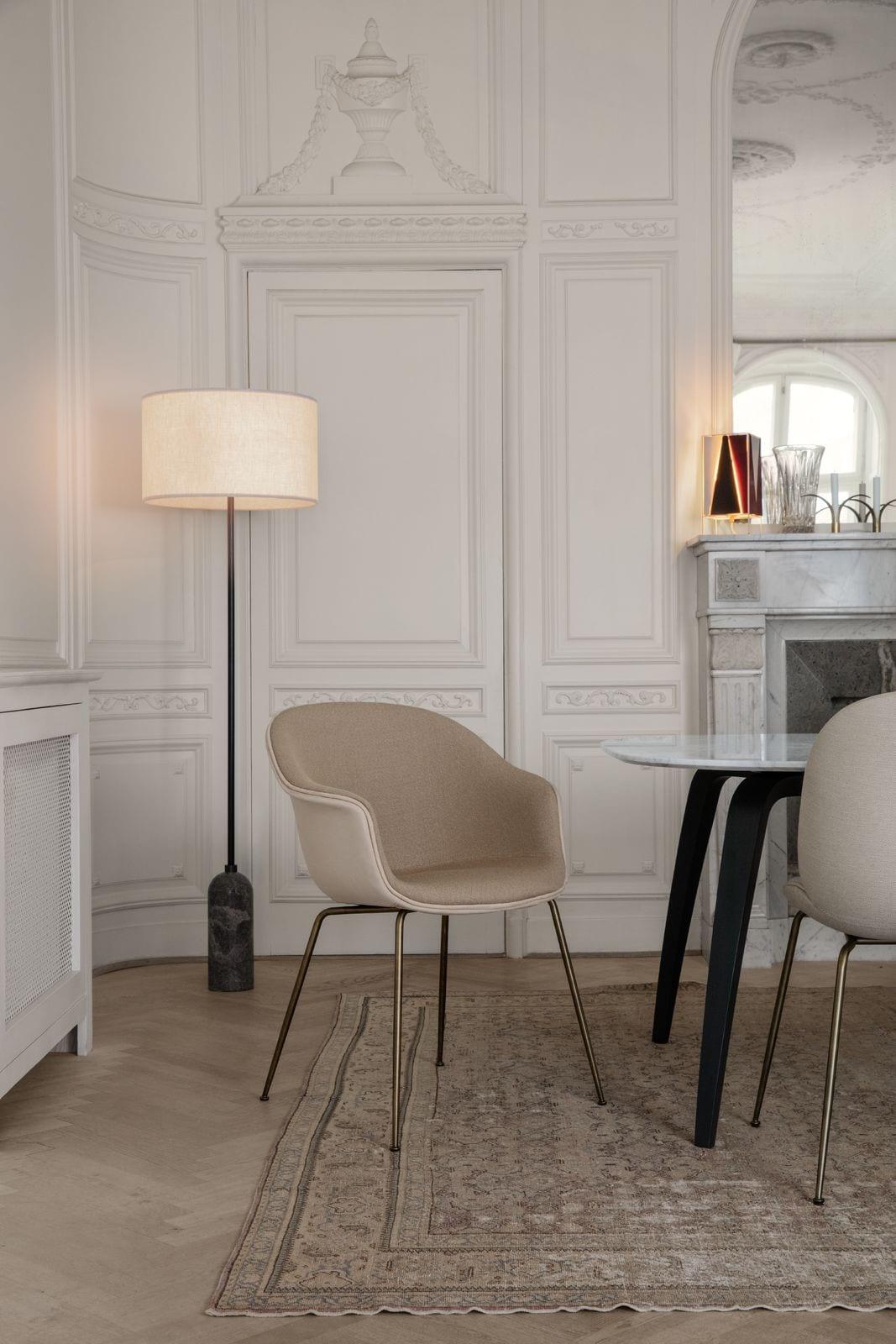 כסאות מעוצבים - GUBI