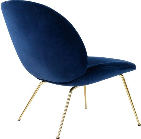 כסאות מעוצבים צבע כחול כהה GUBI
