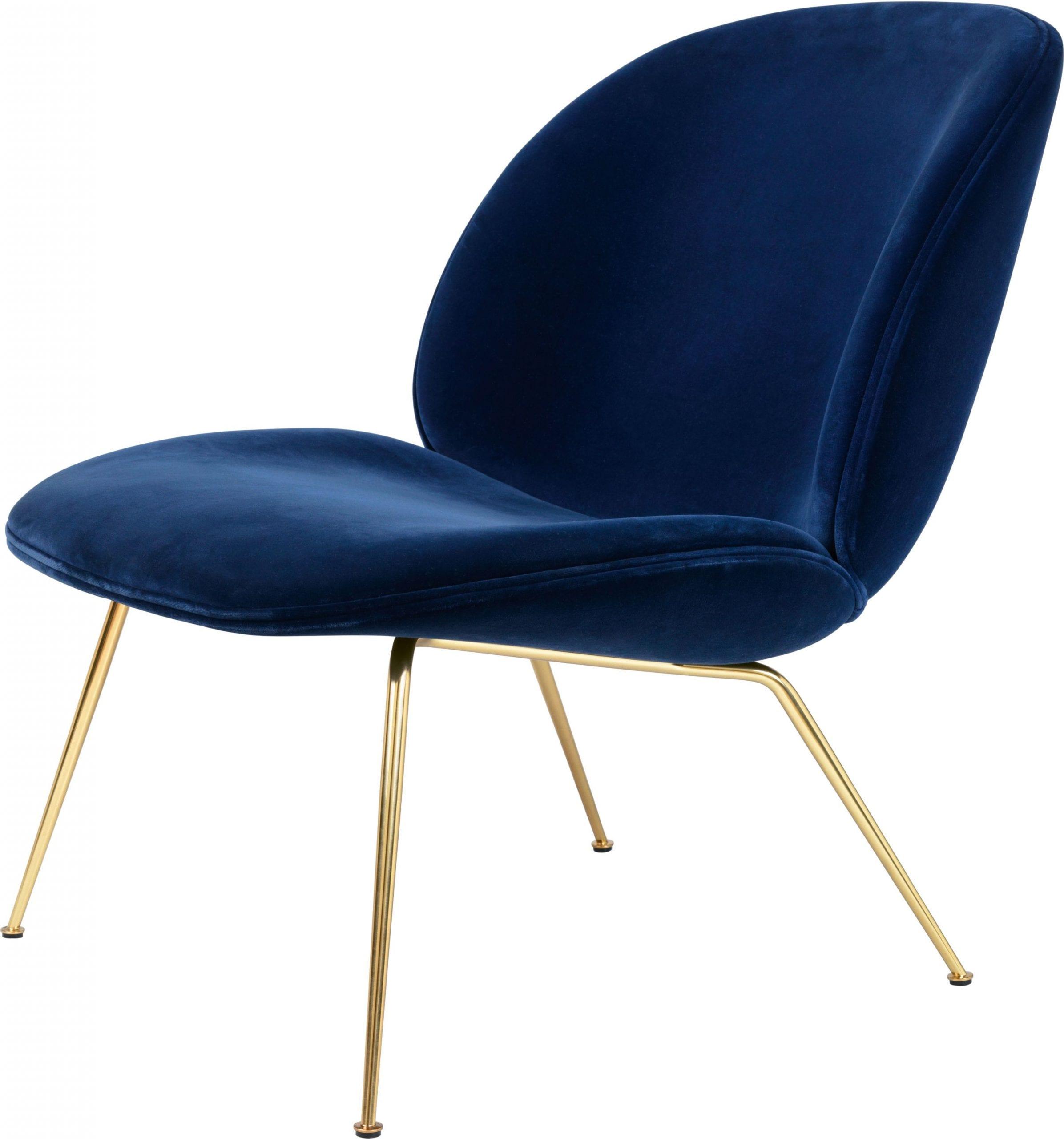 כסאות לפינת אוכל מעוצבים מבית GUBI
