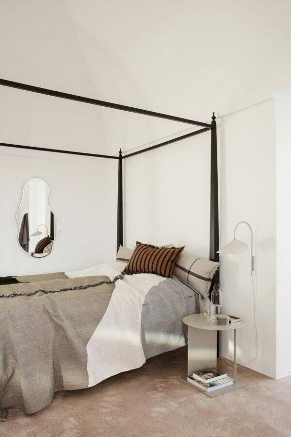 מראות מעוצבות לחדר שינה