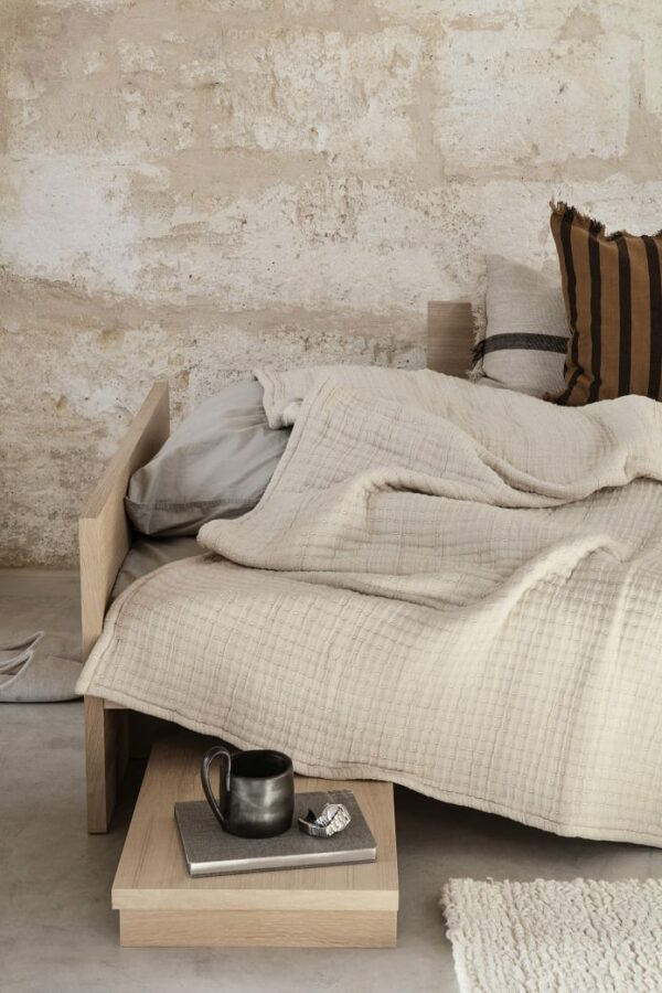 ריהוט מעוצב לילדים - מיטת עץ kona