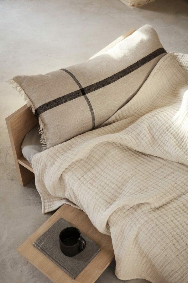 מיטת עץ לילדים - רהיטי יוקרה לילדים