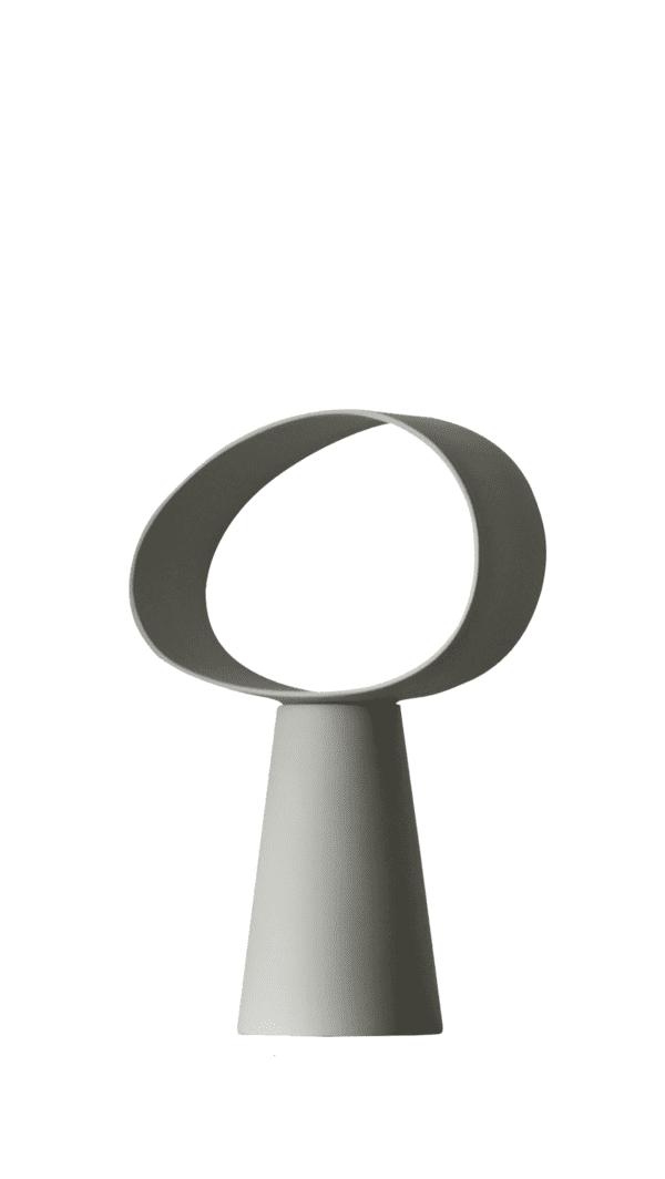 מנורת שולחן מעוצבת לסלון