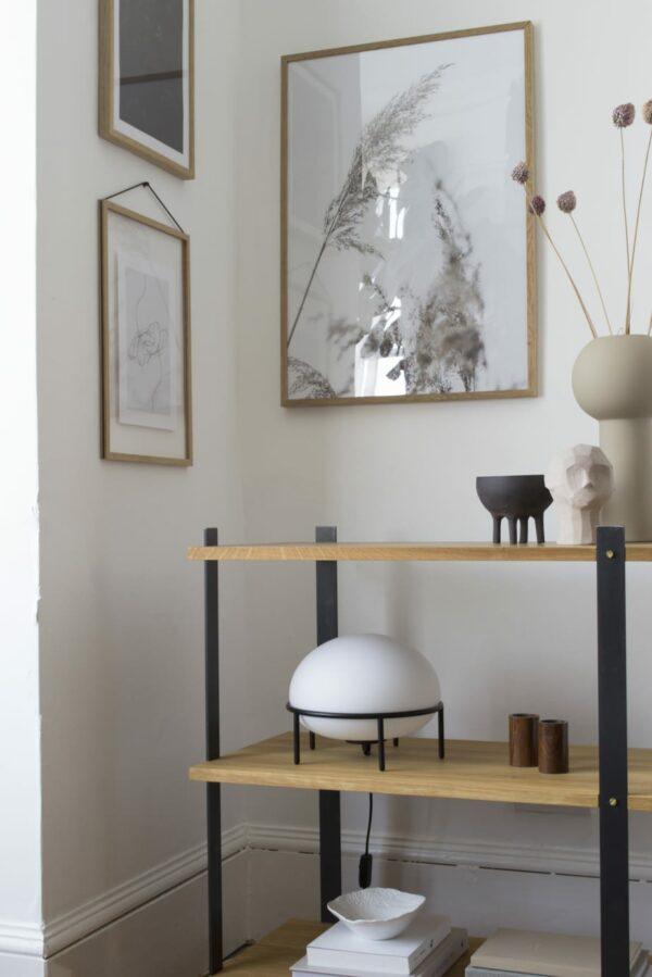 מנורת שולחן מעוצבת - רהיטי יוקרה