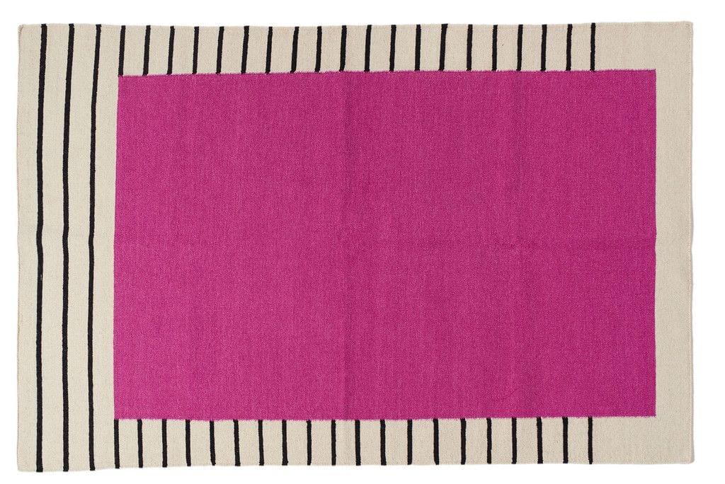 שטיח גיאומטרי בעבודת יד