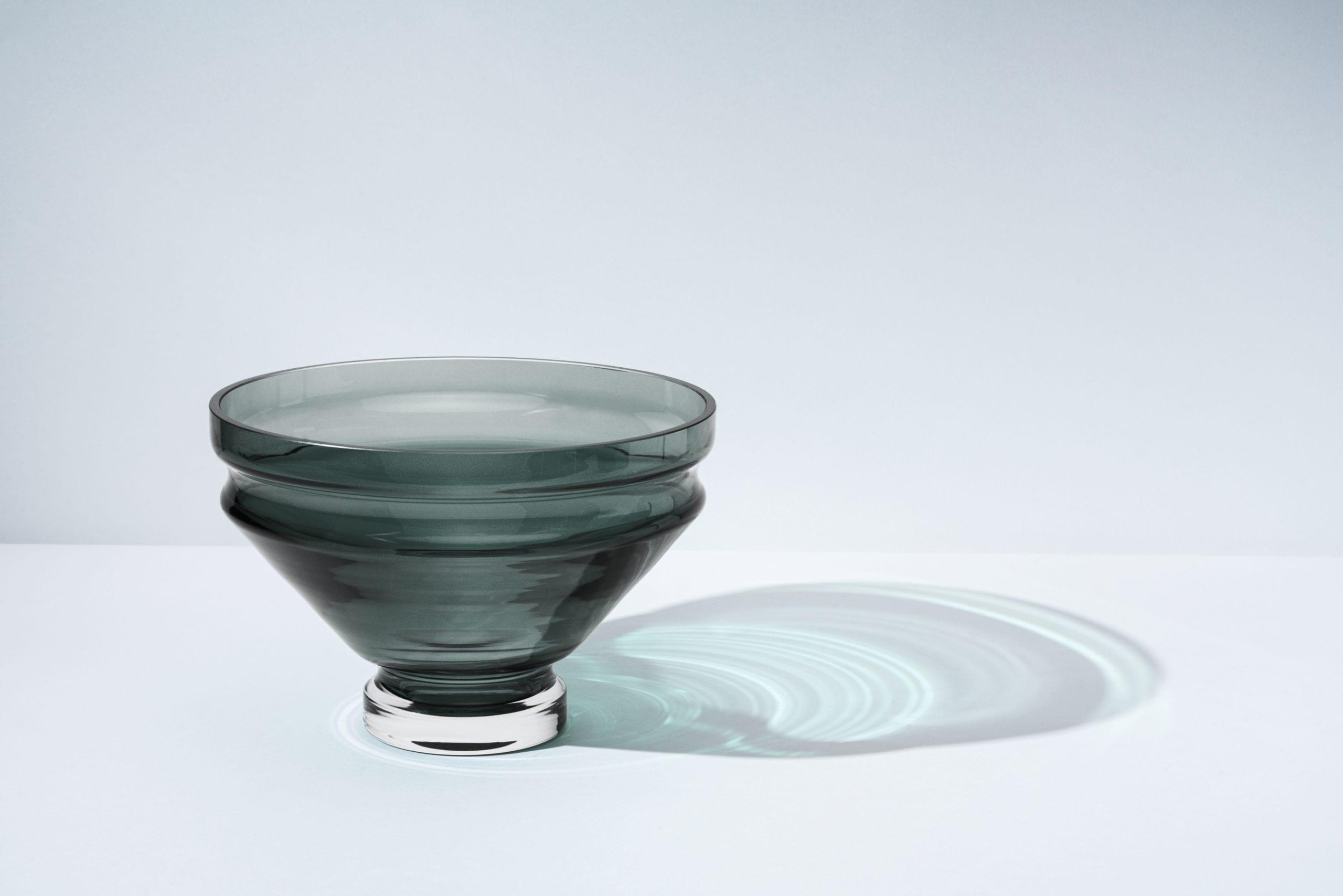 כלי אוכל יוקרתיים - קערת זכוכית בעבודת יד