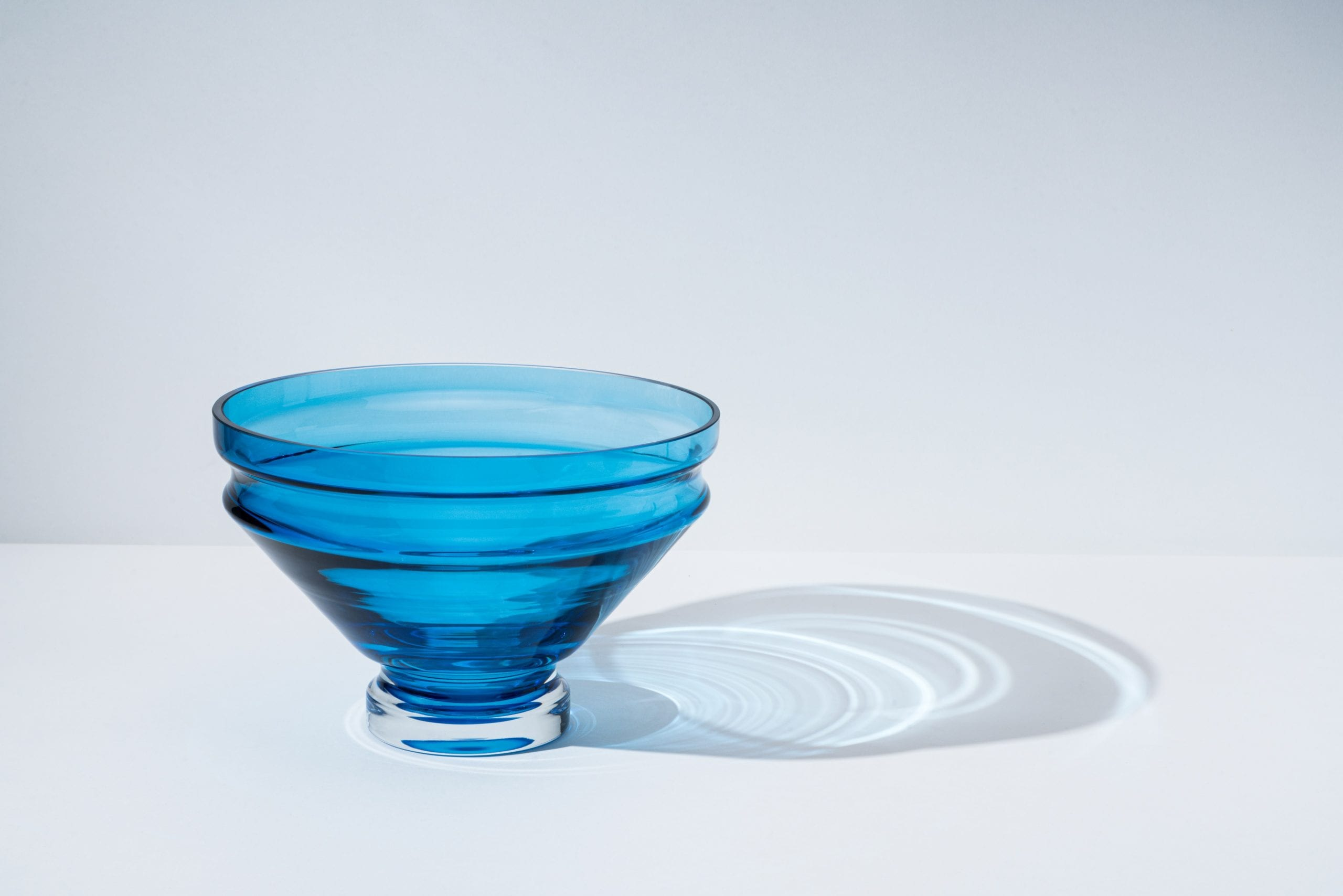 כלי בית ומטבח מעוצבים - קערת זכוכית