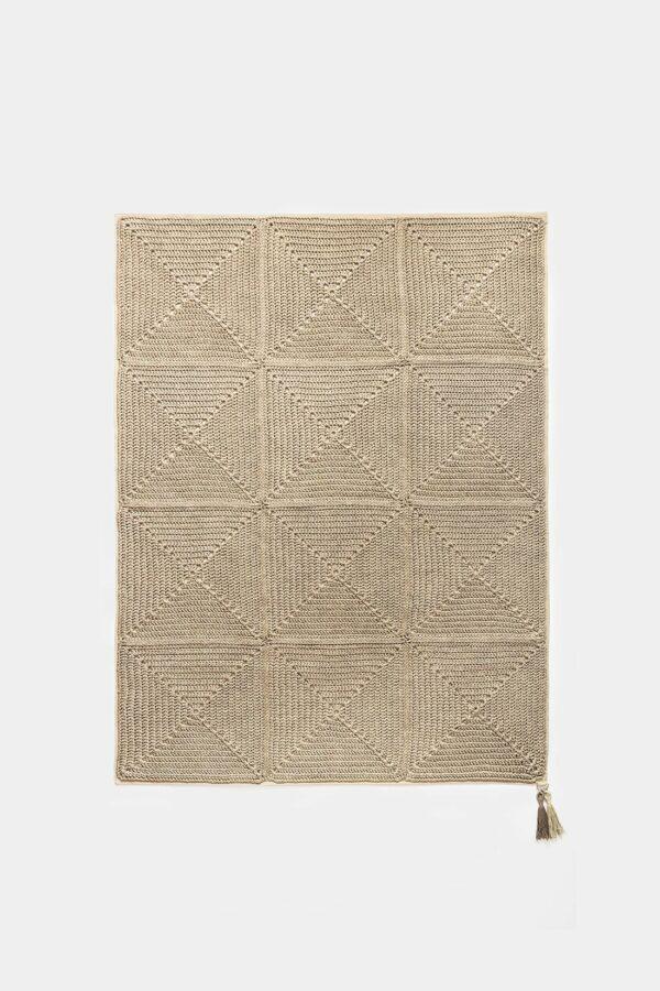שטיח בעבודת יד לבית